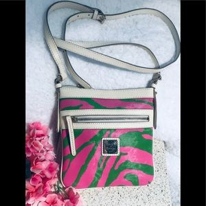 Dooney & Bourke Crossbody Purse 🌸